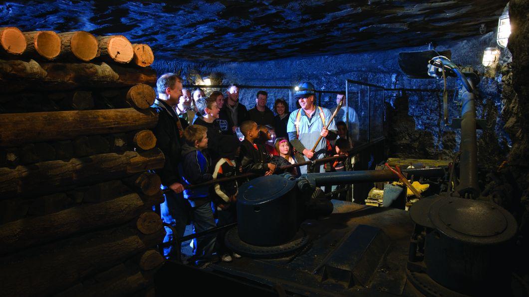 Coal Mine: Go Underground